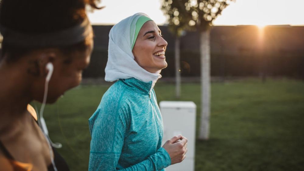 Hukum Olahraga di Tempat Umum Bagi Muslimah