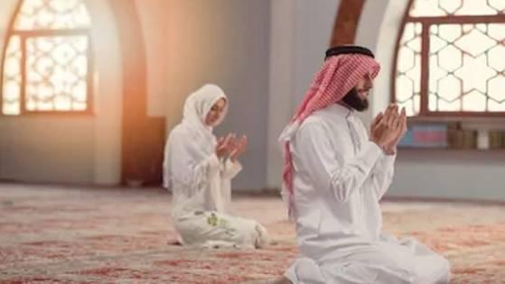 dzikir Isra' Mi'raj, kesetaraan perempuan, Membangunkan Shalat malam
