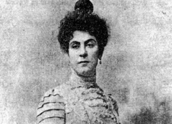 Alexandra Avierino Sastrawan Pemberdaya
