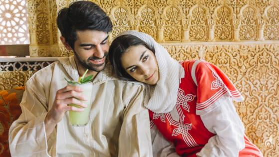 Kewajiban suami dan istri, Mencium Pasangan Saat Puasa