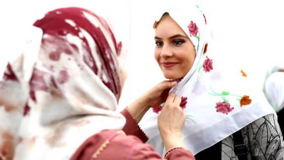 Hijab Pandangan Ulama Kontemporer